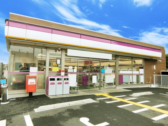 【バイト選び】ガールズバーのバイトとコンビニのバイトを比較!
